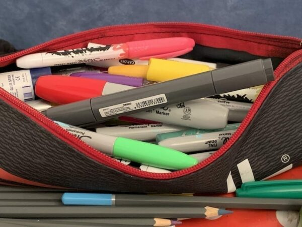 A bag of markers