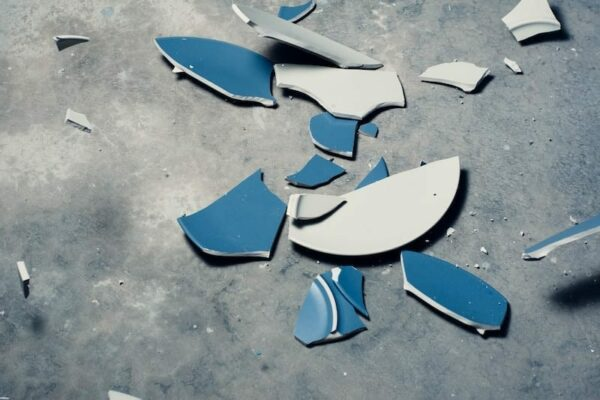 Shattered plate