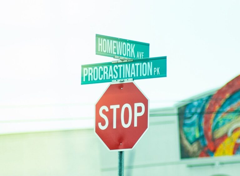 Procrastination, Which way?